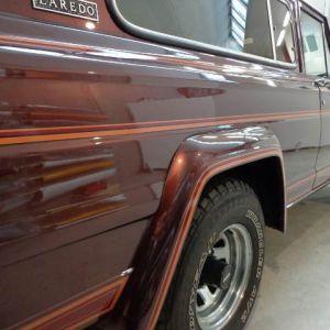 Car Wrapping Jeep Wagoneer